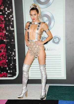 Miley Cyrus: 2015 MTV Video Music Awards in Los Angeles [adds]-104